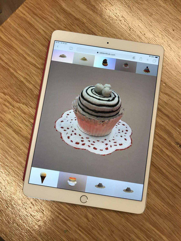 Online expositie van ijs, taart en gebak in zelfgebouwde app